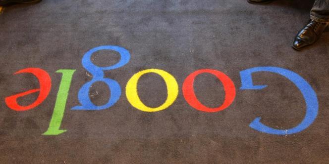 Dans les bureaux de Google France, en décembre 2011.