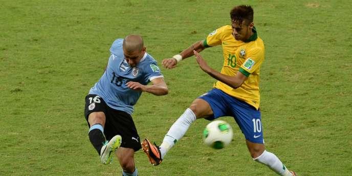 Neymar face à l'Uruguay, le 26 juin.