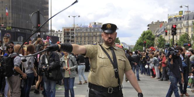 La Marche des fiertés à Paris, le 29 juin 2013.