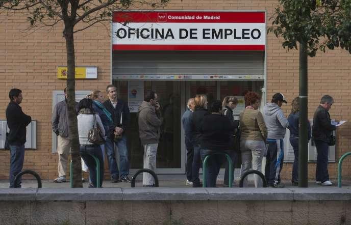 Près de 9 000 sociétés ont encore fait faillite en 2013 (+ 6,9 %) en Espagne.