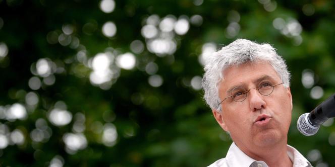 Le député du Gers Philippe Martin, a été nommé ministre de l'écologie, mardi 2 juillet, en remplacement de Delphine Batho.
