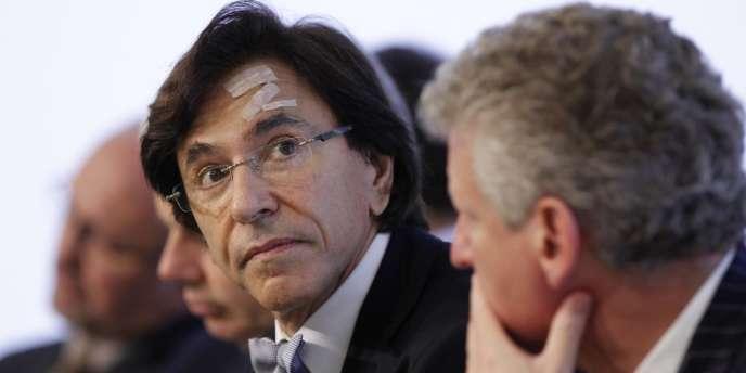 Le premier ministre Elio Di Rupo a annoncé lé démission de son gouvernement.