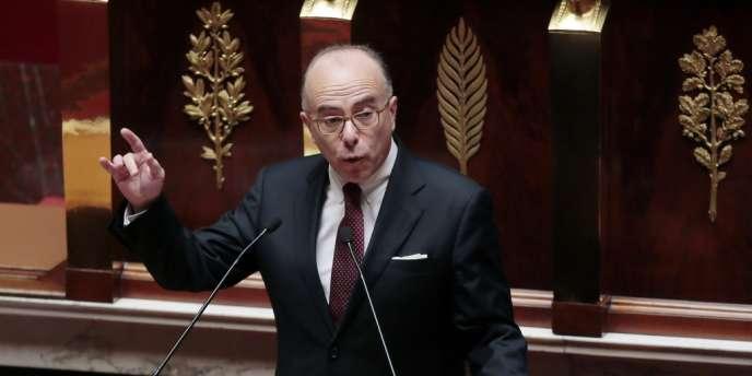 Le ministre du budget, Bernard Cazeneuve, le 2 juillet à l'Assemblée.