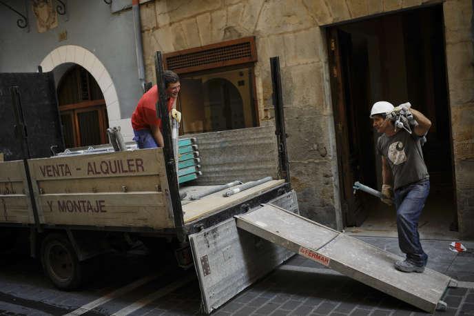 Pampelune (Navarre), le 2 juillet. La construction est au nombre des secteurs qui connaissent une reprise de l'activité.