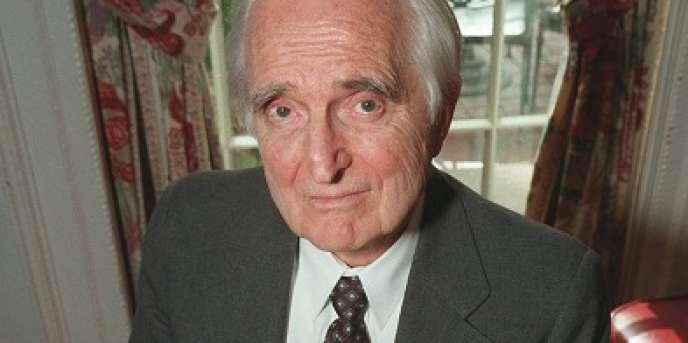 Douglas Engelbart, l'ingénieur inventeur de la souris d'ordinateur, en avril 1997 à New York.