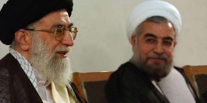 Le guide suprême iranien, Ali Khamenei, à Téhéran le 16 juin, avec le nouveau président Hassan Rohani.