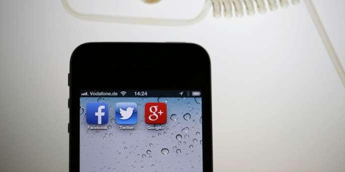 Google reste numéro un sur le marché, avec 49,3 % de part, en légère baisse toutefois par rapport à l'année précédente.