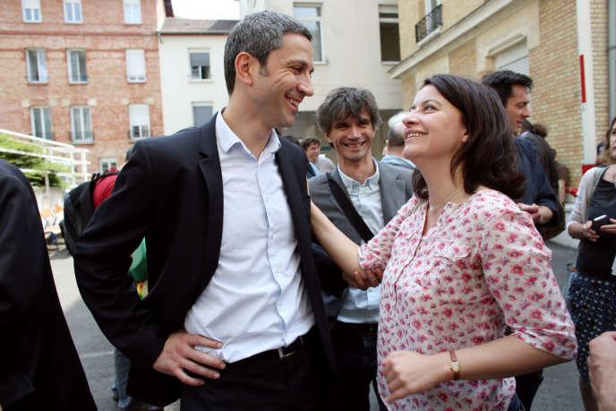 Christophe Najdovski, candidat EELV à la mairie de Paris, et Cécile duflot, ministre du logement, le 8 juin 2013.