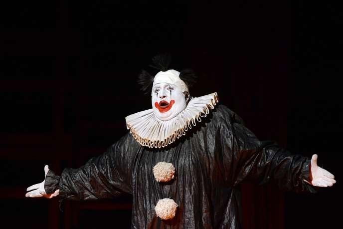 Le baryton géorgien George Gagnidze dans le rôle de Rigoletto, mis en scène par Robert Carsen au Festival d'Aix-en-Provence, le 29 juin 2013.