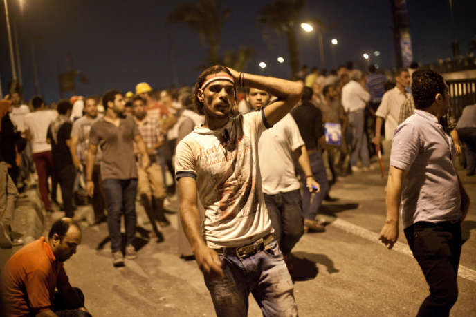 Des opposants à Mohamed Morsi, le 5 juillet au Caire.