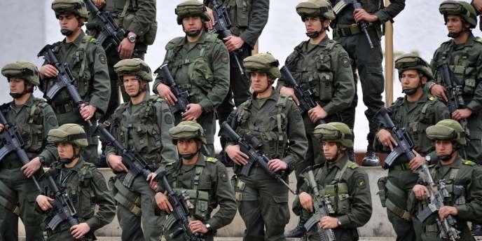 Des militaires colombiens à Bogota, le 21 juin.