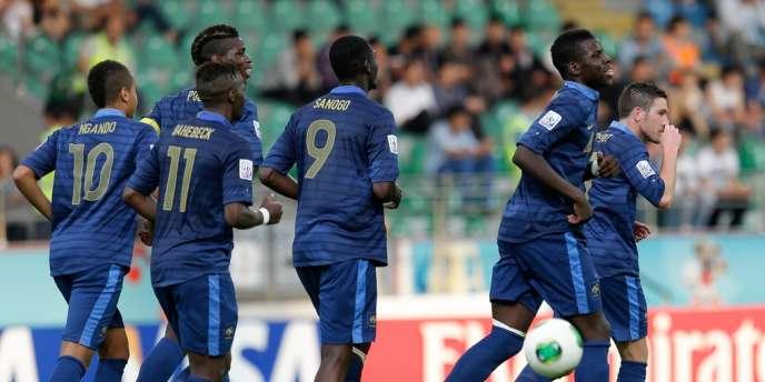 Les Bleuets se sont qualifiés pour la demi-finale du Mondial des moins de 20 ans en battant l'Ouzbékistan 4 à 0, le 6 juillet à Rize, en Turquie.