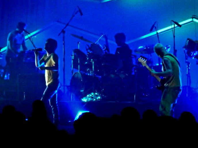Atoms For Peace en concert à Boston, en 2010.
