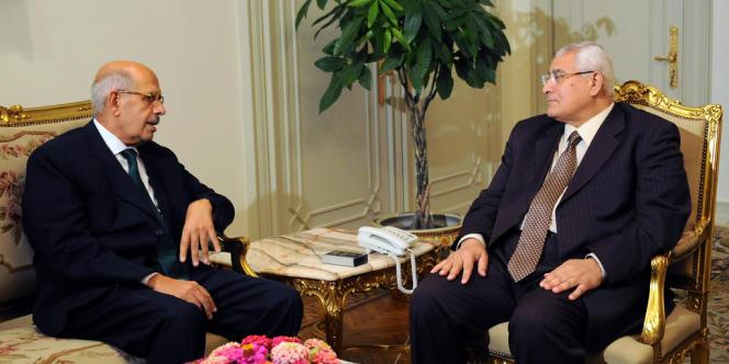 Mohamed El-Baradei et le président par intérim  Adli Mansour, le 6 juillet 2013.