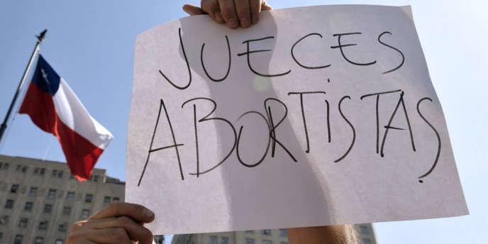 Manifestation pour la légalisation de l'avortement, à Santiago.
