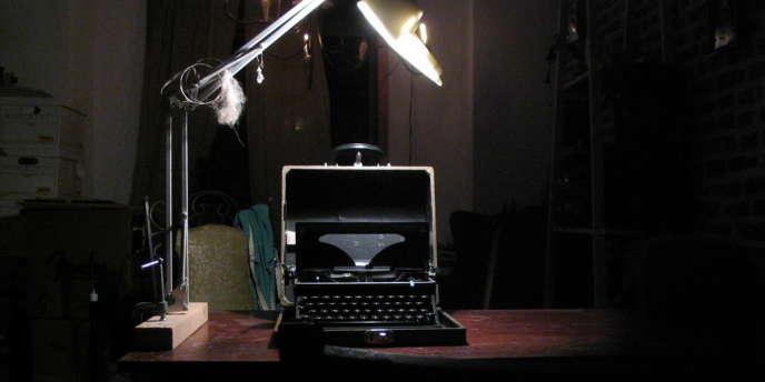 Le FSO, service fédéral de protection, a lancé un appel d'offres pour l'achat de 20 machines à écrire après les révélations de la surveillance d'Internet par les agences de renseignement américaines.