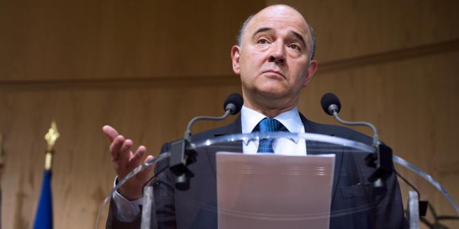 Après avoir relayé les nombreuses promesses de Hollande, Moscovici a épousé le camp des banques en jugeant