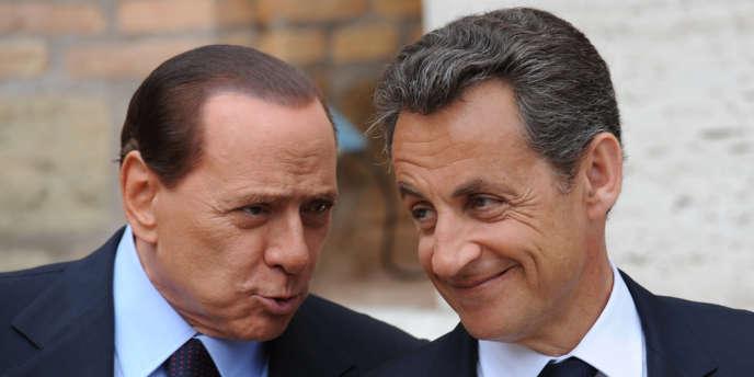 Nicolas Sarkozy et Silvio Berlusconi, le 26 avril 2011, lors d'une rencontre officielle à Rome.