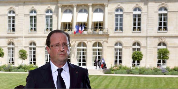 Une fois de plus, François Hollande n'est pas entré dans le jeu de ceux qui l'exhortent à adopter un ton
