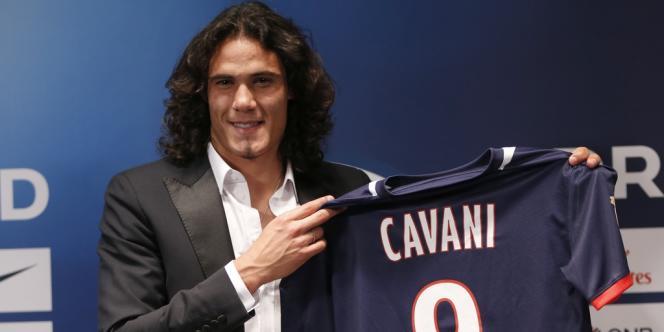 Acheté 64 millions d'euros à Naples, Edinson Cavani est devenu le joueur le plus cher de l'histoire de la L 1.