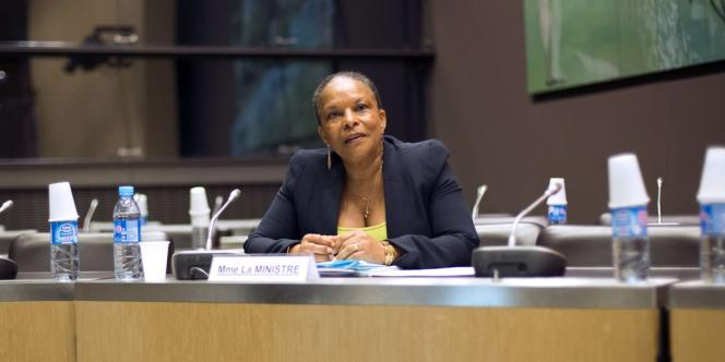 La garde des sceaux Christiane Taubira ne pourra plus adresser d'instructions individuelles aux magistrats.