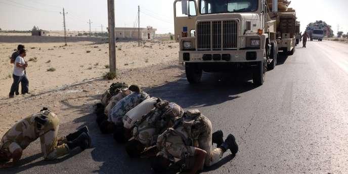 Des soldats égyptiens déployés dans le nord du Sinaï, le 16 juillet.