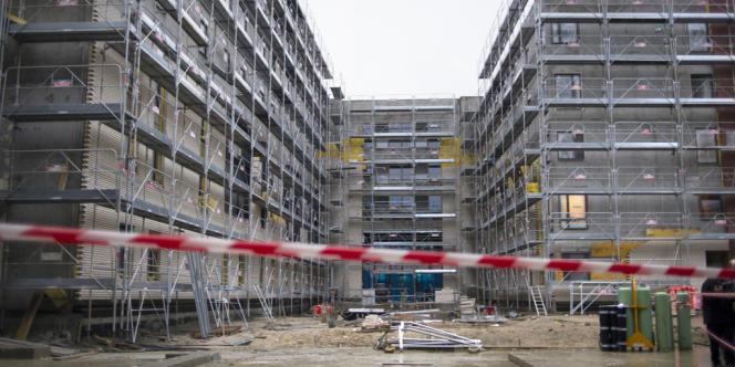 Construction de logements sociaux à L'Hay-les-Roses (Val-de-Marne).