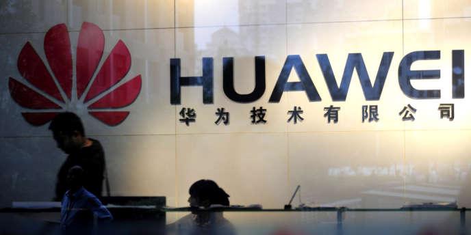 A l'issue d'une enquête interne chez Huawei, quatre personnes ont été remises à la justice, selon la presse économique chinoise.