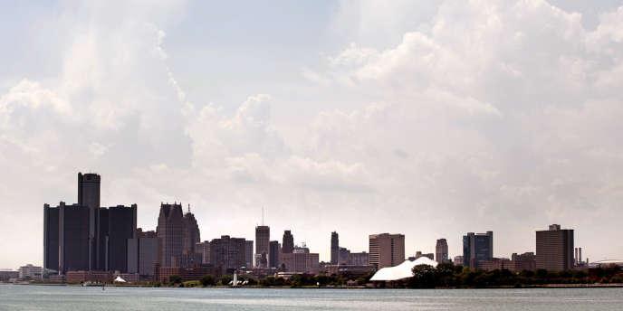 Plombée par le chômage et l'effondrement de ses recettes fiscales, Détroit, l'ancienne ville forte de l'automobile, s'est déclarée insolvable le 18 juillet 2013.