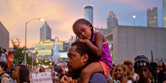 à Atlanta lors d'une manifestation en protestation contre l'acquittement de George Zimmerman, qui a tué par balle l'adolescent Trayvon Martin, le 15 juillet.
