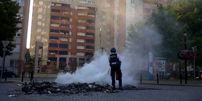 Photo des émeutes à Trappes, à l'été 2012.