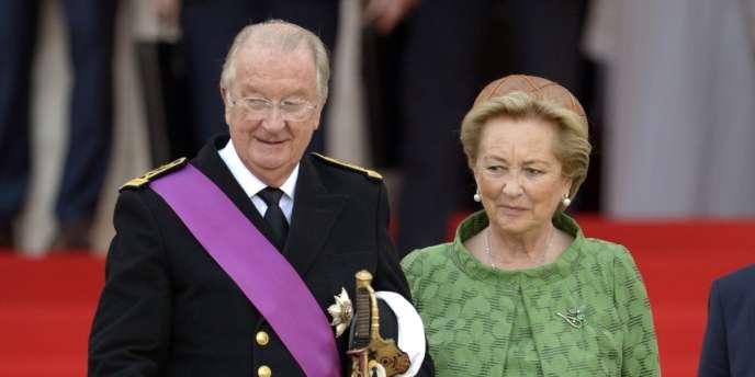 Après vingt ans de règne, Albert II a abdiqué dimanche 21 juillet au palais royal de Bruxelles, laissant le trône à son fils aîné, Philippe.