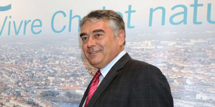 Gilles Bourdouleix en juin 2011 à Cholet.