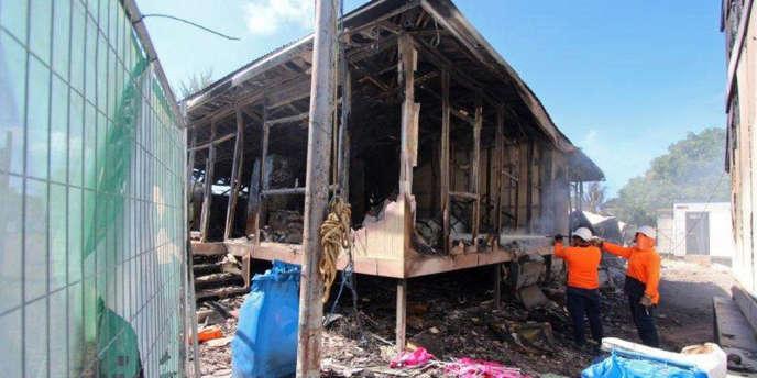 Les structures du centre de rétention de l'île de Nauru ont été ravagées par des émeutes le 20 juillet. Elles sont inutilisables.