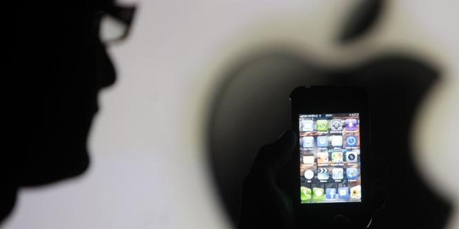 « Notre équipe travaille en permanence pour rendre nos produits encore plus sûrs et permettre à nos clients de mettre à jour plus facilement leurs logiciels », affirme Apple.