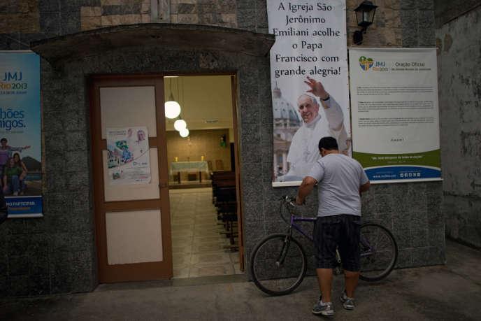 Dans le bidonville de Varginha à Rio, où le pape François va célébrer une messe le 25 juillet, l'église de Sao Jeronimo Emiliani a été rénovée pour l'occasion.