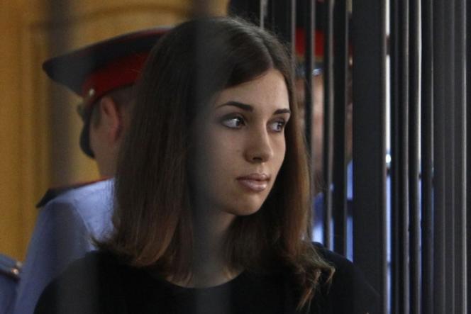 Nadejda Tolokonnikova, du groupe Pussy Riot, lors de son procès en appel en juillet 2013.
