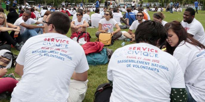 Plus de 46 000 jeunes se sont engagés en service civique depuis sa création en 2010.