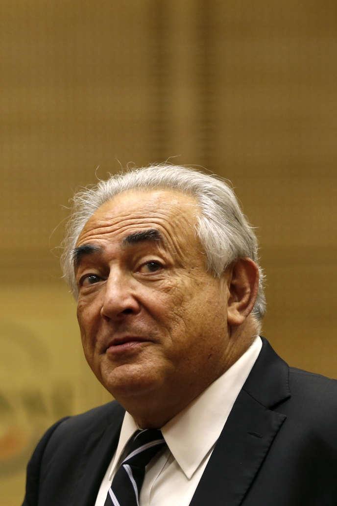Selon une information du Journal du Dimanche, Dominique Strauss-Kahn racontera son expérience de patron du Fonds monétaire international (FMI) dans un prochain ouvrage qui paraîtra le 15 octobre.