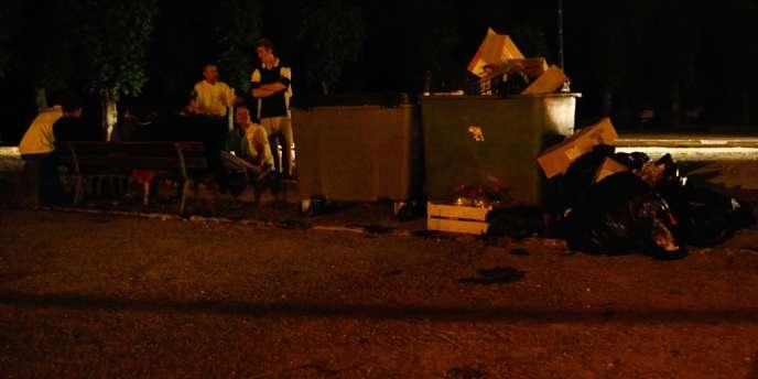 Le chapiteau sous lequel dansaient entre 300 et 400 personnes s'est effondré suite à de fortes ravales de vent, samedi 27 juillet à Joinville.