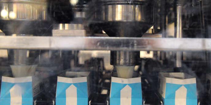 Les boutiques de la marque de la coopérative française Sodiaal proposeront les laits UHT longue conservation et les poudres de lait pour bébés Candia Babylait.