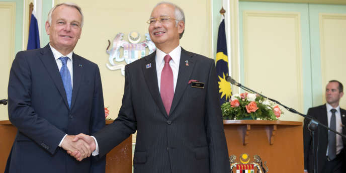 Le premier ministre Jean-Marc Ayrault au côté de son homologue malaisien, Najib Razak.