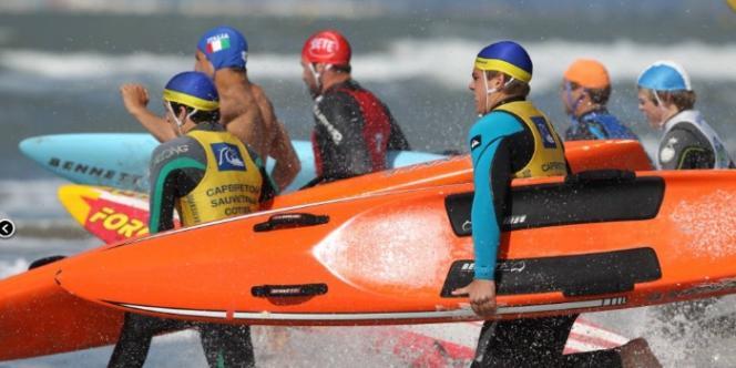 Départ de l'épreuve de sauvetage en mer, l'autre composante du sauvetage sportif.