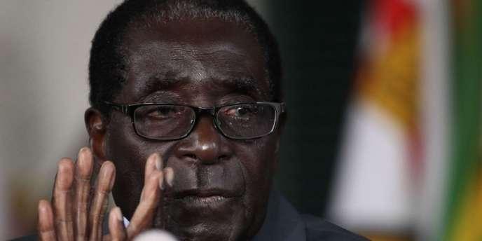 Le président du Zimbabwe, Robert Mugabe, mercredi 30 juillet 2013.