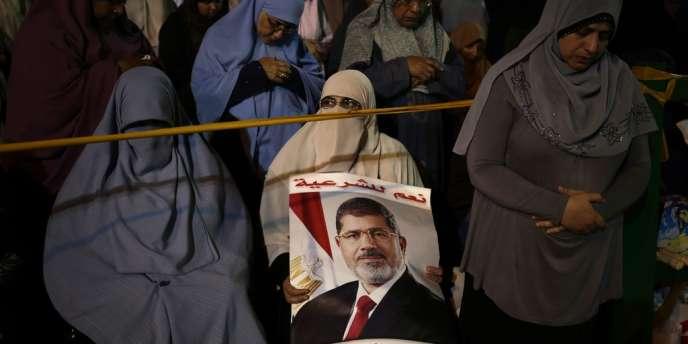 Des partisanes de Mohamed Morsi, le 28 juillet au Caire.