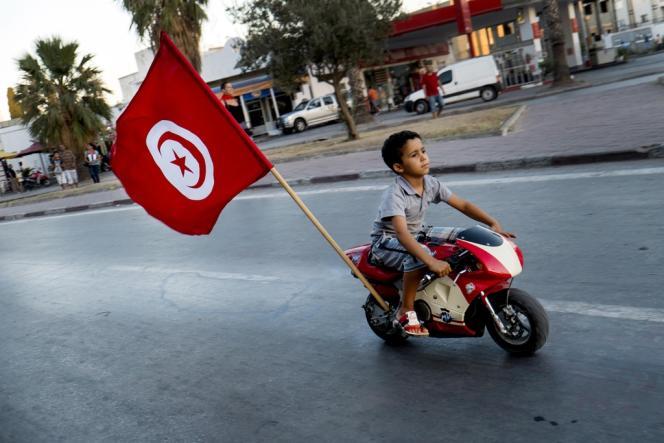 Dans une rue de Tunis, le 31 juillet 2013.