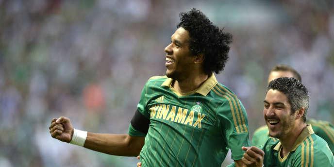 L'attaquant brésilien Brandao, auteur du premier et du dernier but des Verts, jeudi 1er août au stade Geoffroy-Guichard.