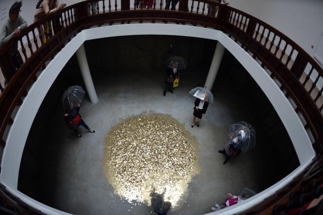 Danae, installation de Vadim Zakharov, au pavillon russe de la Bienne de Venise