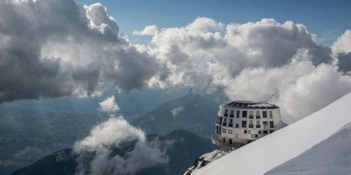 Le nouveau refuge du Goûter à 3835 mètres d'altitude, cinq mois de chantier, étalés sur trois ans.