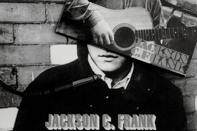 Paul Simon, avec qui Jackson C. Frank a partagé un appartement à Londres, produit à ses frais Blues Run the Game. Malgré le succès de l'album, Frank ne retrouvera plus jamais l'inspiration.